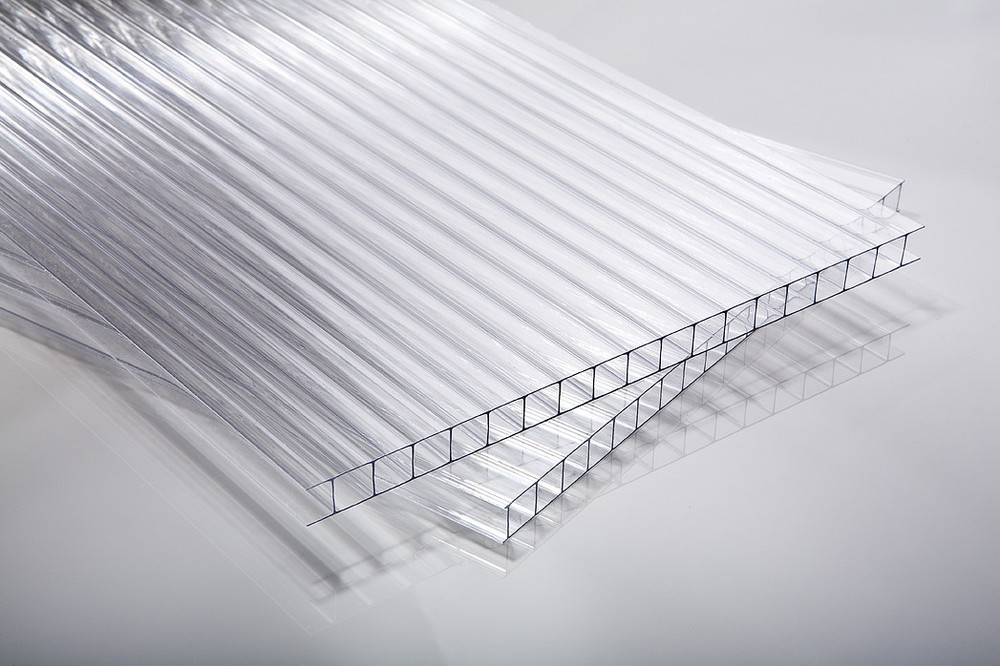 Komůrkový polykarbonát Marlon ST tl. 10 mm čirá (cena za 1 m2)